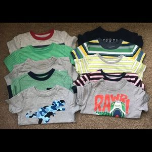 Gap t-shirt bundle- size 18-24 months- 10 total